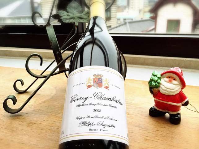 ブルゴーニュの代表的な赤ワインの一つ、ジュヴレシャンベルタンをお得な価格でご提供。