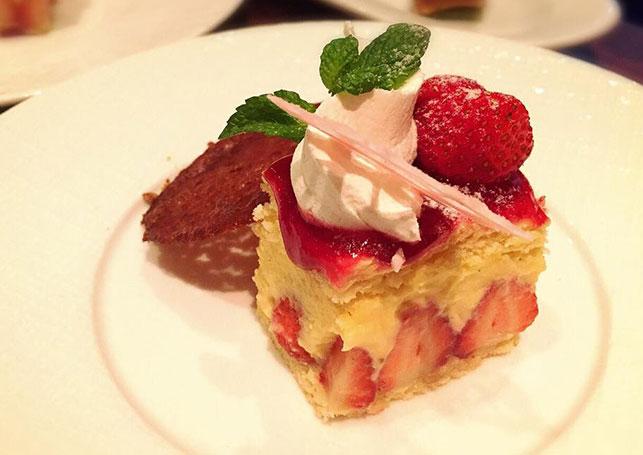 パリジェンヌも大好きなデザート、フランス版のイチゴ ショートケーキ、フレジエのご紹介