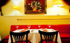 Top restaurant in Kobe according to reviewers, Bistrot Cafe de Paris